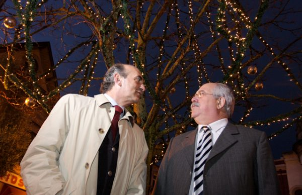 Inauguração da iluminação e Casa do Pai Natal marcam início da época natalícia