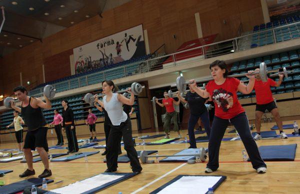 Boa-disposição e Desporto na Festa de Natal da Academia de Ginástica