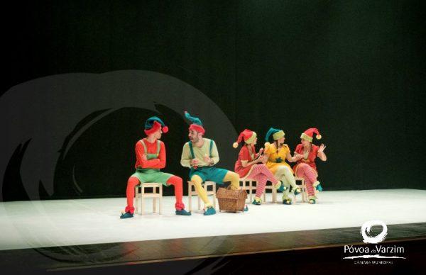 Missão de Natal encheu de sorrisos o Cine-Teatro Garrett