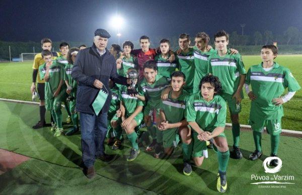 AF Porto vence dois torneios de futebol jovem