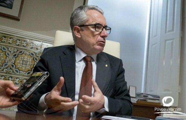 Executivo suspende Planos Municipais de Ordenamento do Território