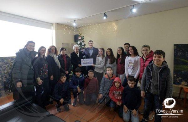 Feirinha de Natal de cariz solidário ajuda Obra de Santa Zita