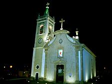 igreja navais noite