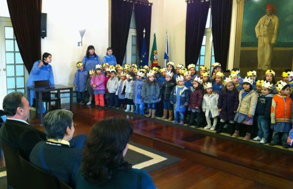Votos de Bom Ano, pelas crianças da Obra de Santa Zita