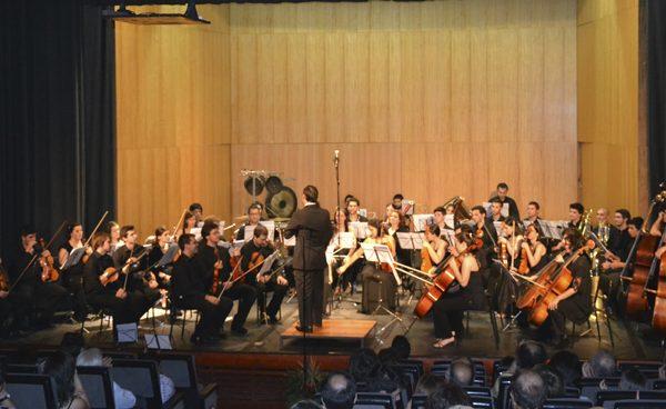 Orquestra Verazin atua no FIMPV