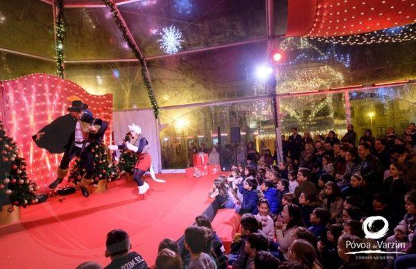 Palácio do Pai Natal com espetáculos até dia 29