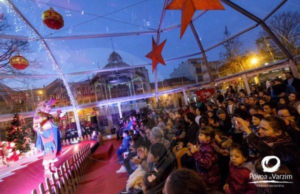 Palácio do Pai Natal encheu-se de sorrisos e magia