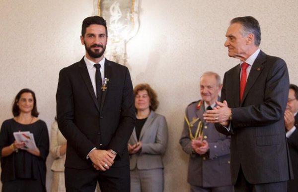 Poveiro Bruno Torres homenageado pelo Presidente Cavaco Silva