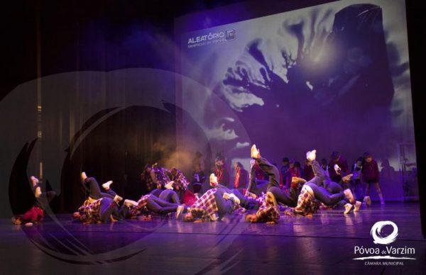 Espetáculo de dança Aleatório