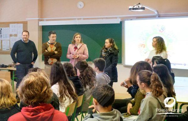 """Workshop """"Ser Voluntário"""" no Colégio de Amorim"""
