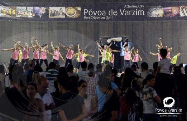 Espetáculo de Dança pela Escola de Dança do GRE Bonfim