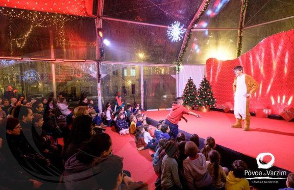 Espetáculos no Palácio do Pai Natal