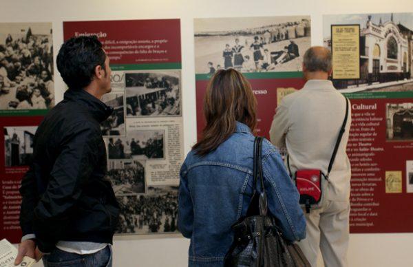 """Exposição """"Na Maré da República - 100 anos - Póvoa de Varzim"""", na Biblioteca Municipal"""
