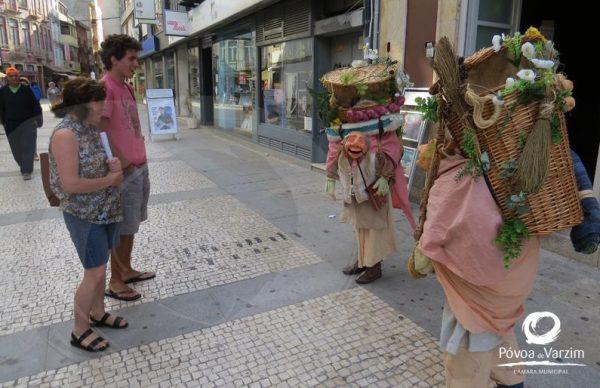 """""""Agostinho e Felicidade"""", Marionetas Humanas"""