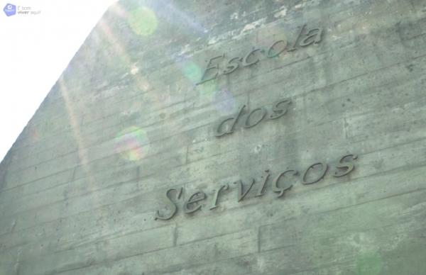 Escola dos Serviços