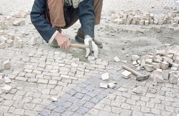 Obras na Avenida Santos Graça: condicionalismos de trânsito