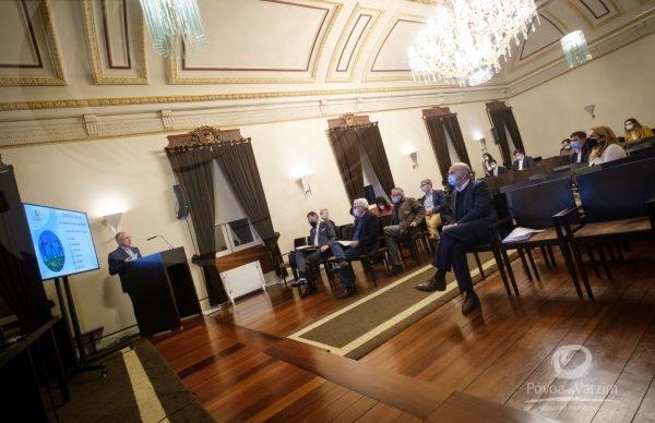 Presidente da Câmara apresenta Plano Estratégico 2020-2030