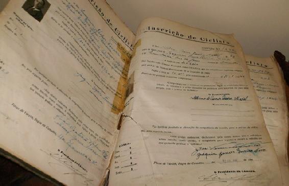 Regulamento Interno do Arquivo Municipal