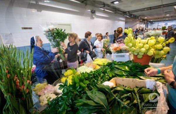 Mais de 45 comerciantes poveiros no Mercado de Flores