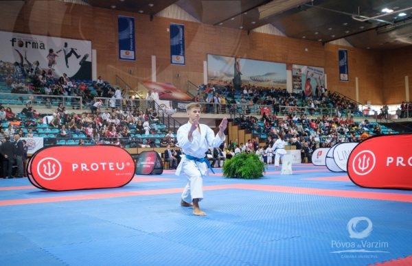 Mais de 600 karatecas na Póvoa de Varzim