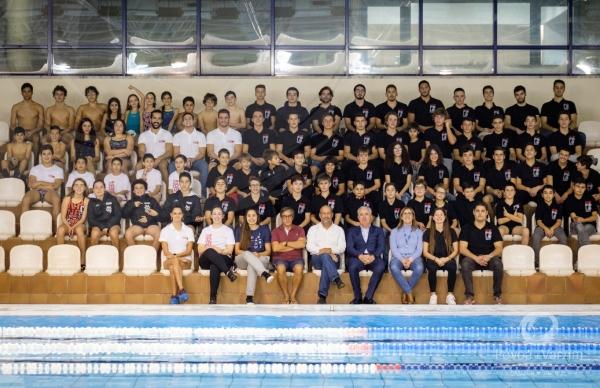 Presidente reúne-se com equipas de Pólo Aquático e Natação Pura do CNP