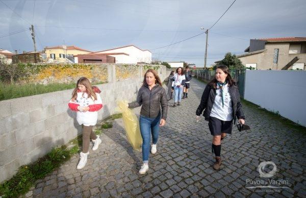 Escuteiros promoveram ação de limpeza em Amorim