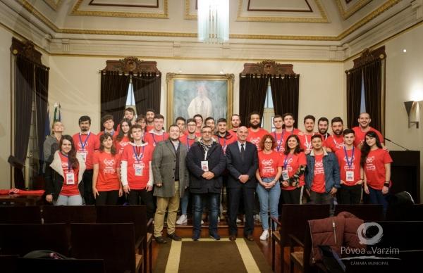 Grupo de jovens de projeto de Erasmus poveiro recebidos na Câmara Municipal