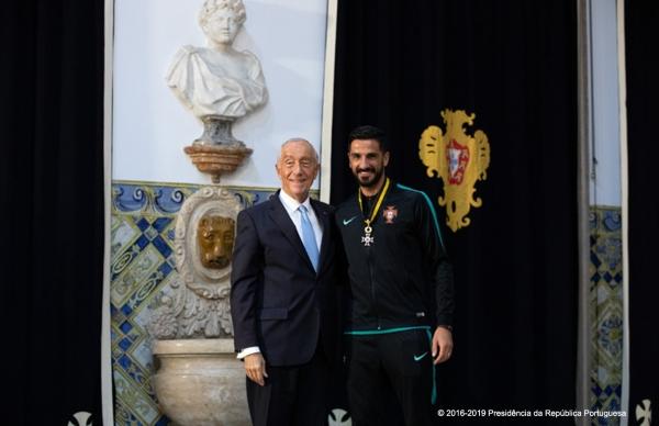 Campeão do Mundo Bruno Torres condecorado pelo Presidente da República