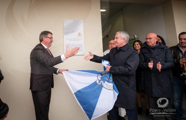"Presidente inaugurou Complexo Desportivo Lino Araújo e recordou ""a história da casa às costas"""