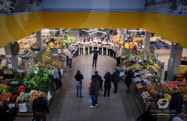 Mercado de Natal associa-se à celebração da quadra festiva