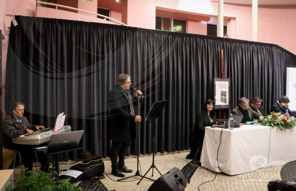 Álvaro Maio apresentou o seu mais recente livro de poesia