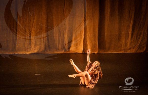 """""""Missa Crioula"""" pela Companhia Nós da Dança"""