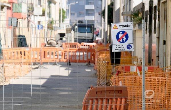 Santos Minho: Trânsito cortado para melhoria de pavimento