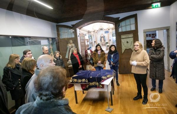 Museu promoveu visita guiada às suas exposições