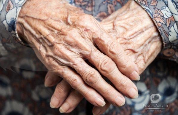 Envelhecimento e promoção de saúde mental: desafios e oportunidades