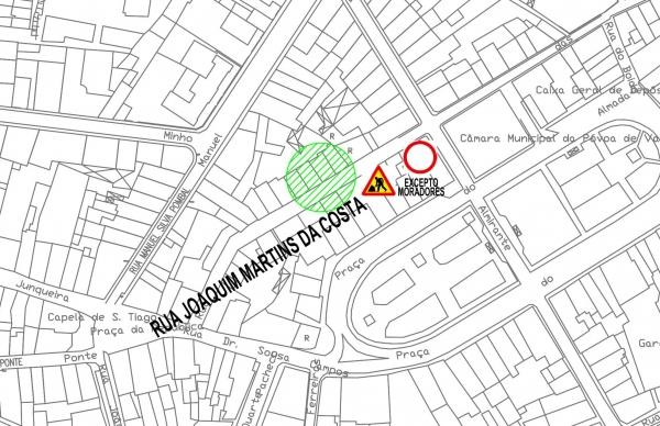 Rua Joaquim Martins da Costa cortada ao trânsito na quinta-feira