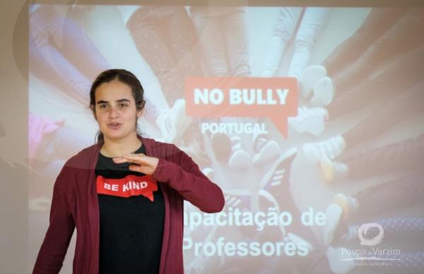 Professores aprendem a prevenir o bullying