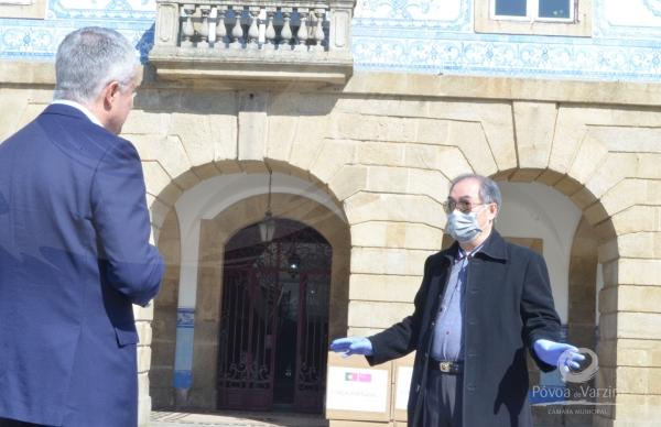 Comunidade chinesa ofereceu 5000 máscaras ao Município