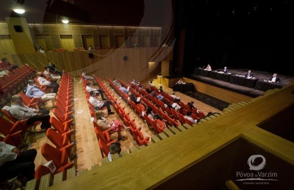 Assembleia Municipal, dia 20 de maio: participação limitada