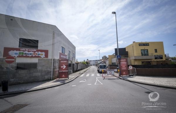 Já é permitido circular na Rua Bonitos de Amorim