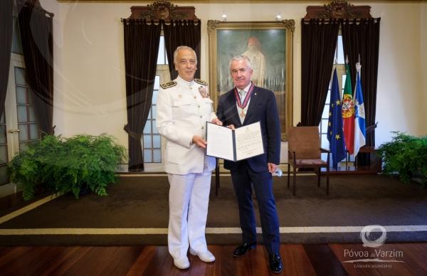 Presidente da Câmara dedica aos poveiros distinção recebida do Chefe do Estado-Maior General das Forças Armadas