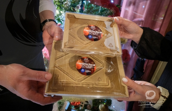 Autarquia entrega embalagens take away a restaurantes poveiros