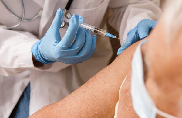 Está em curso a segunda fase da vacinação contra a COVID-19