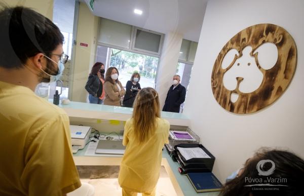 Presidente visita novo Consultório Veterinário A Cerca
